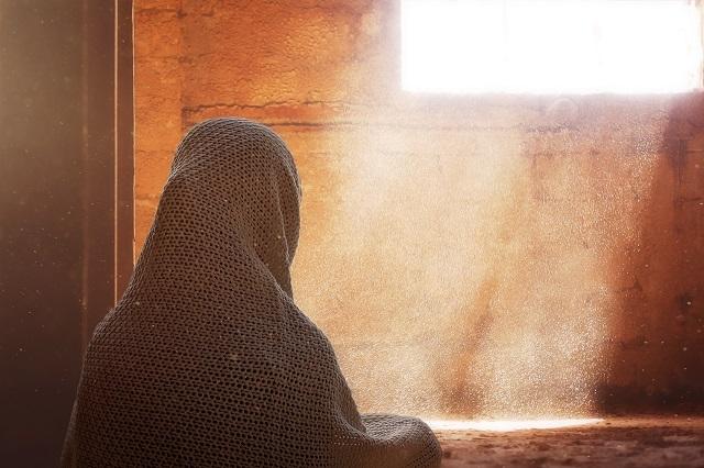 Mehrab e Maryam aur Bibi Maryam رضی اللہ عنہا ka Ek Qurani Waqia